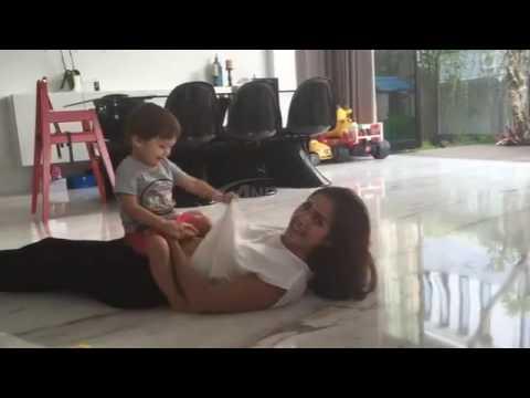 Video Bobok Cantik Mama Jessica Iskandar di Cium Pangeran El Barack Alexander