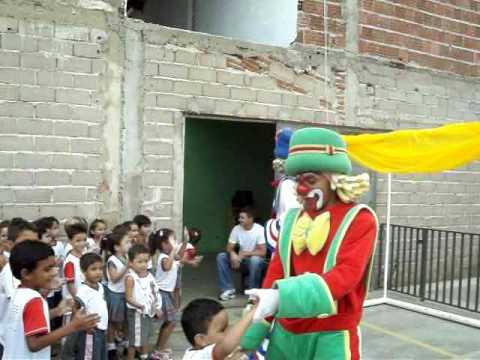 Patati e Patatá na Escola Mundo Mágico Icó Ce