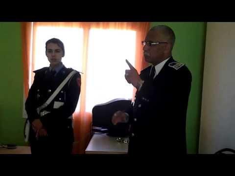 ضابط الامن ابراهيم يشرح مدونة سير للاطفال بالرباط
