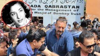Sanjay Dutt Visiting Mother Nargis Dutt's Grave