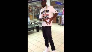 Mikie Wine - Sinyora ft Fatty Kris, Paka Man, Eddy Kenzo (Ugandan Music)