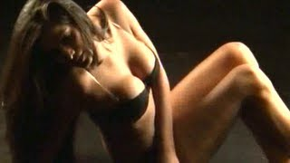 Hot & Sexy Poonam Pandey in BIKNI PHOTOSHOOT For New Bollywood Movie- NASHA