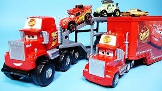 Cars Mack and Lightning McQueen Radiator Springs Off-Road Mack Transporter