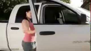 أكبر صدر شاهدته في شاحنة YouTube