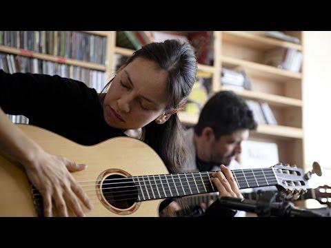 Rodrigo y Gabriela NPR Music Tiny Desk Concert