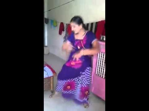 aunty blow your mind by sexy dance