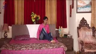 hot Indian wife romance with her husband at theirs bad room in hot movie