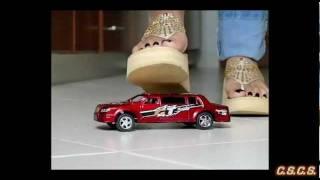 Y - SlowMotion - Toy Car 04