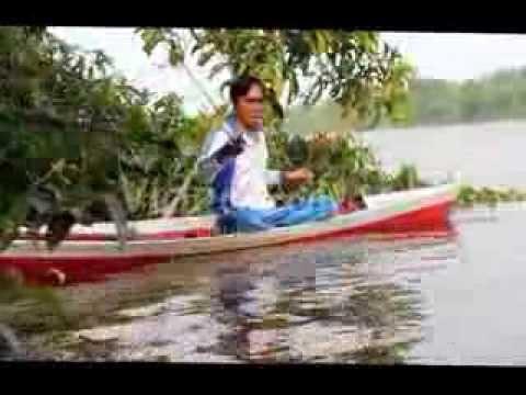 Mancing udang galah di ujung sungai sejenuh Kalimantan barat 1 2 maret 2014