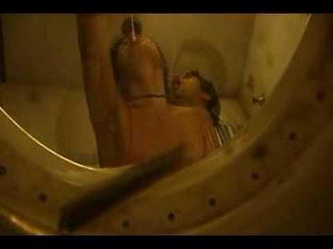 vi da privada from the toilet