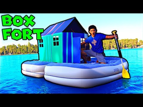 BOX FORT ON WATER Our BEST FORT EVER