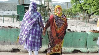 Lesbian Couple in Pakistan / Hot and sexy video clip 2014