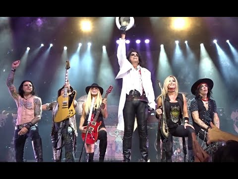 Xxx Mp4 Alice Cooper School S Out With Guest Orianthi 8 12 18 LA Greek Theater 3gp Sex