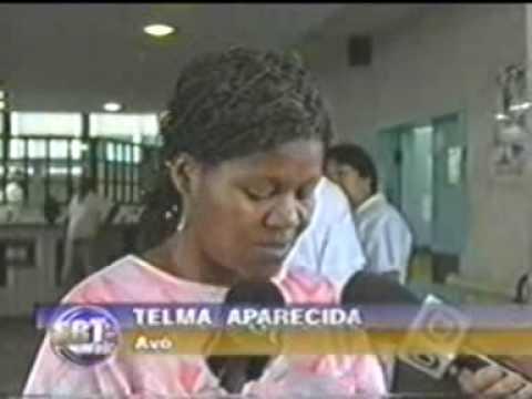 Menina de 13 anos deu a luz na escada do Hospital Pedro II SBT SBT Rio 08 de Dezembro de 2005