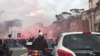 ultrAslan Roma Sokaklarını Yakıyor