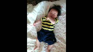 6개월 아기 찌찌, 모닝 댄스