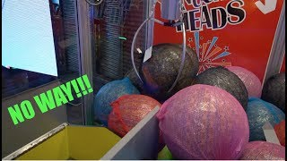 BIGGEST MYSTERY PRIZE BAG CLAW MACHINE!!