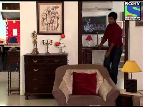 CID Officer Vineet Gets Arrested - Episode 866 - 25th August 2012