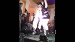 Tora cheda me labeda gus jayega hot bhojpuri stage show