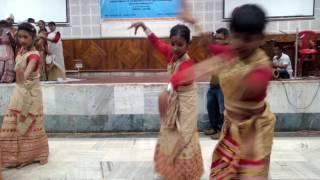 Arlina Begum bihu group dance in guwahati