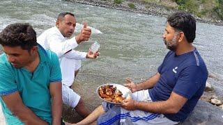 Chicken Tikka At River Kunhar Balakot/How to make chiken tikka/Tour And Taste