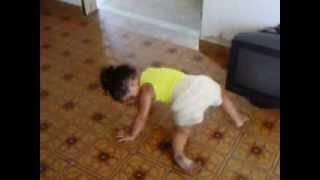 Criança de 2 anos dançando funk ( Yasmin )