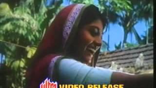 Mamo Chitte .....(Srikanto Acharya) taken from Amar Bhuban by Mrinal Sen.flv