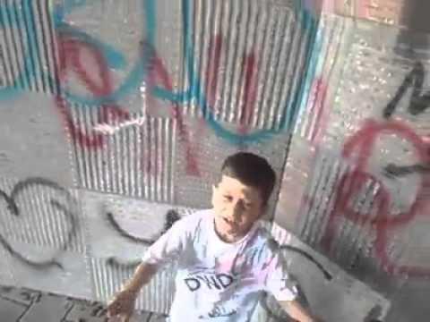 Xxx Mp4 Küçük çocuk Rap Söylüyor 3gp Sex
