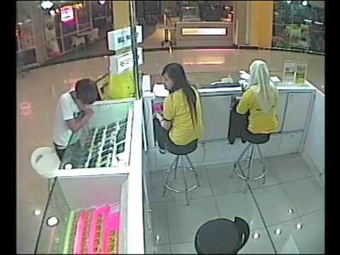 Aksi budak curi smart phone 1malaysia