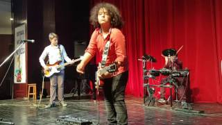 Amazing kids rock band (13 yo) - Whole Lotta Love cover