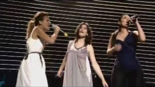 Luce: Laura Pausini,Irene Grandi y Elisa - Amiche Per l'Abruzzo