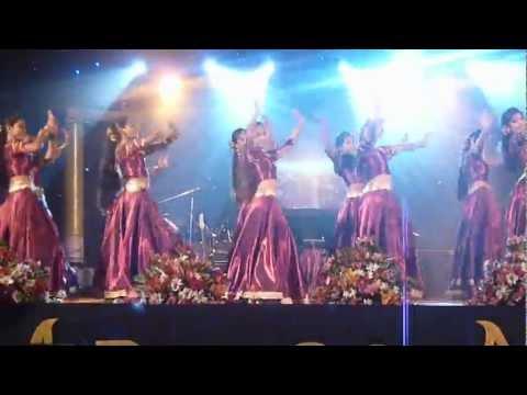 Anula Vidyalaya Dancing Crew Performing at