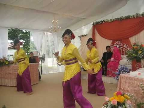 Malay Dance: Aura Ethnique Wedding Bollywood at Jrg east