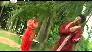 শিল্পি :রবি চৌধুরী,ডলি সায়ন্তনি।