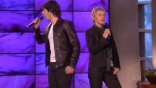 """Josh Groban and Ellen Sing """"Total Eclipse of the Heart!"""""""