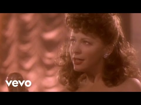 Download Reba McEntire - Sunday Kind Of Love