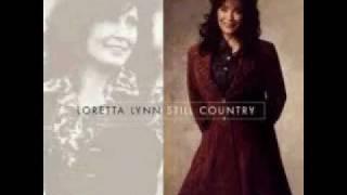 Loretta Lynn - Hold her