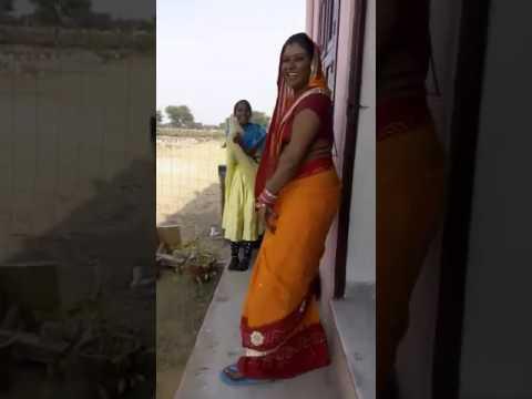 Desi bhabhi ka sexi dance