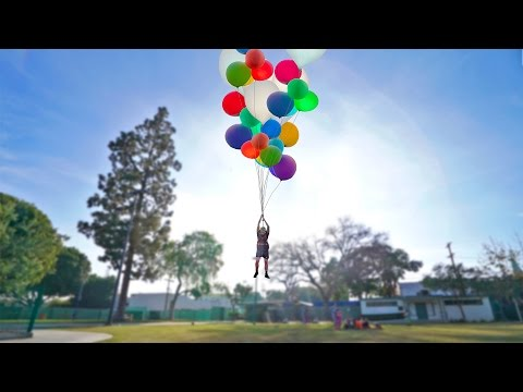 FLYING WITH GIANT HELIUM BALLOONS INSANE