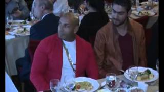 لحظة تقديم جائزة أفضل مغني راب عربي  في العالم للتونسي K2rhym