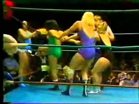 Fabulous Moolah & Toni Rose vs Susan Green & Joyce Grable
