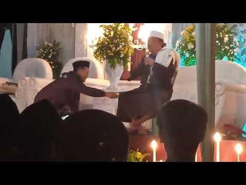 Xxx Mp4 Ceramah Lucu KH ASEP MUBAROK Walimatul Arus Di Ponpes Daarul Hikam Cibereum Sukabumi 3gp Sex