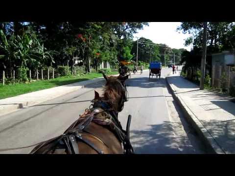 Contramaestre Cuba. Paseo en coche.