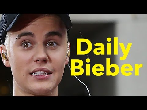 Justin Bieber Reacts To Selena Gomez Dating Questions -
