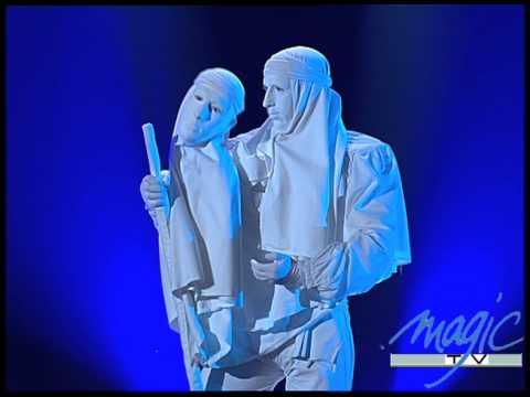 Jérôme Murat La Statue Le Plus Grand Cabaret Du Monde