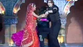 Zayed Khan with Juhi Parmar performing on 12th Star Screen Awards 2006.avi