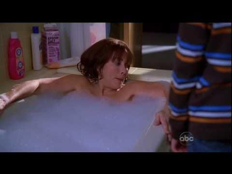 HD Patricia Heaton The Middle Bath Scene 1