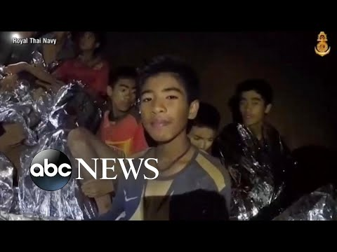 Xxx Mp4 Effort To Rescue Thai Soccer Teammates And Coach Trapped In Cave Continues 3gp Sex