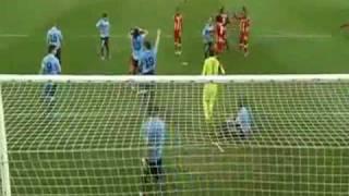 World Cup 2010: Luis Suarez Dramatic Handball