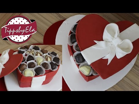 Herz Torte Geschenkbox Aus Fondant Mit Pralinen Valentinstag Torte